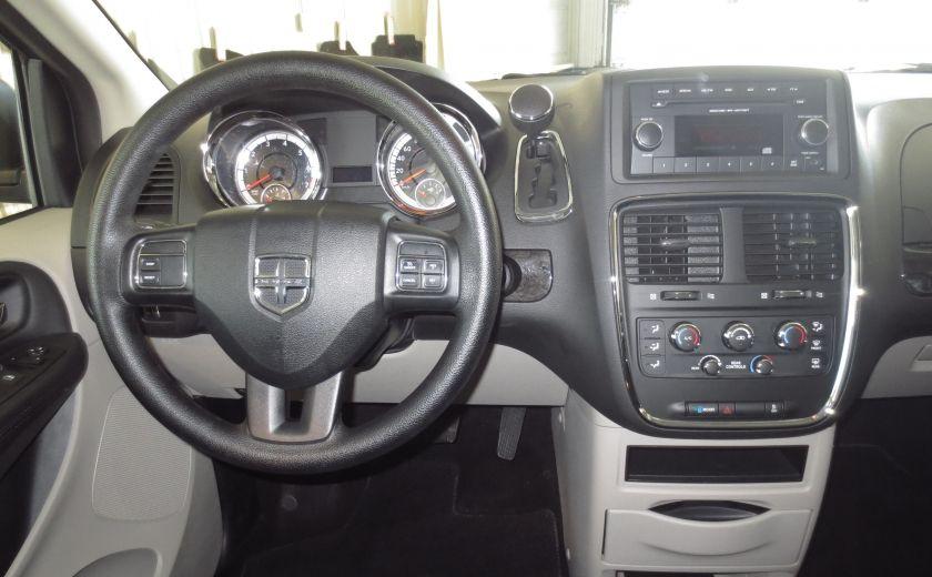 2016 Dodge GR Caravan SXT #14