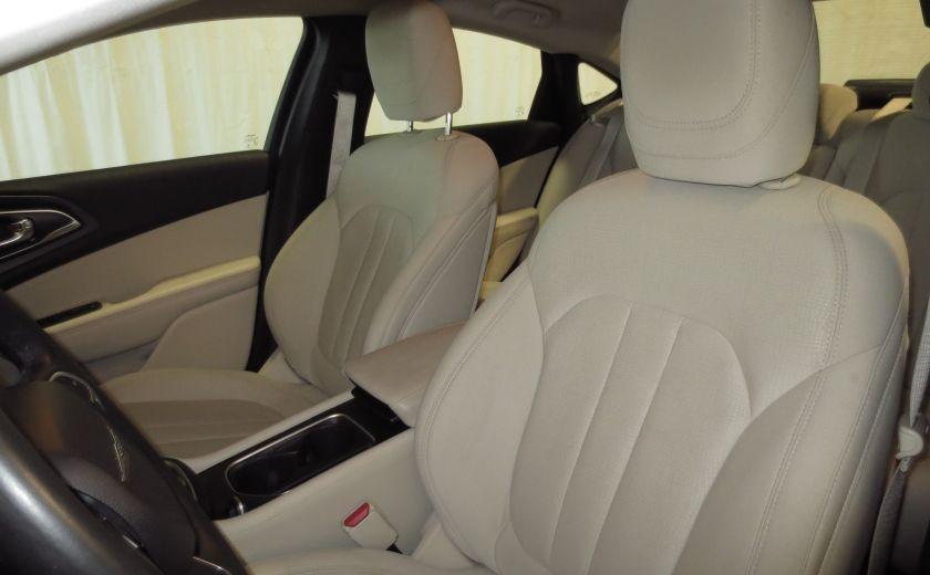 2015 Chrysler 200 Limited #9