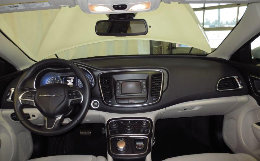 2015 Chrysler 200 Limited #12