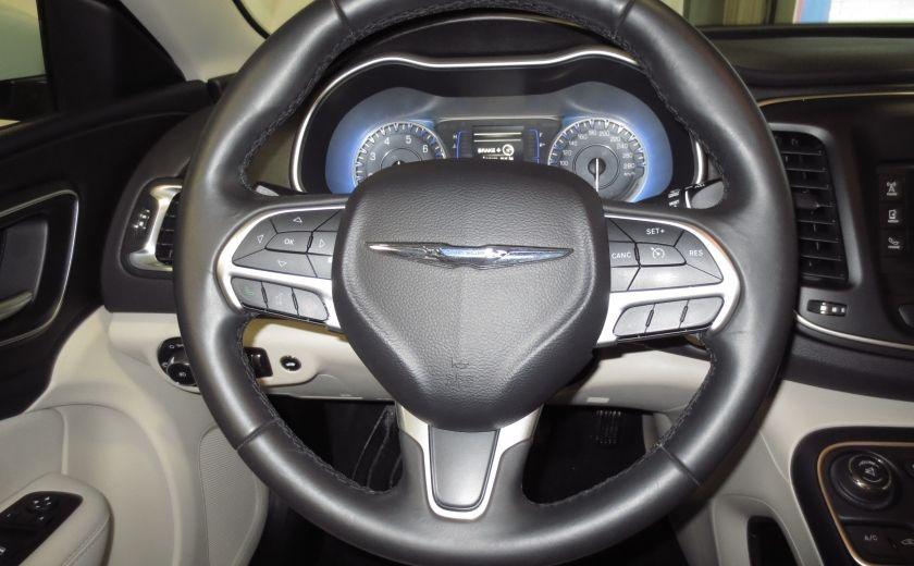 2015 Chrysler 200 Limited #14