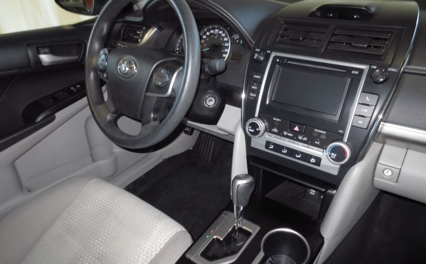 2012 Toyota Camry LE #21