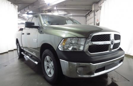 2013 Ram 1500 SXT 4WD QUAD CAB V8 4.7L à New Richmond