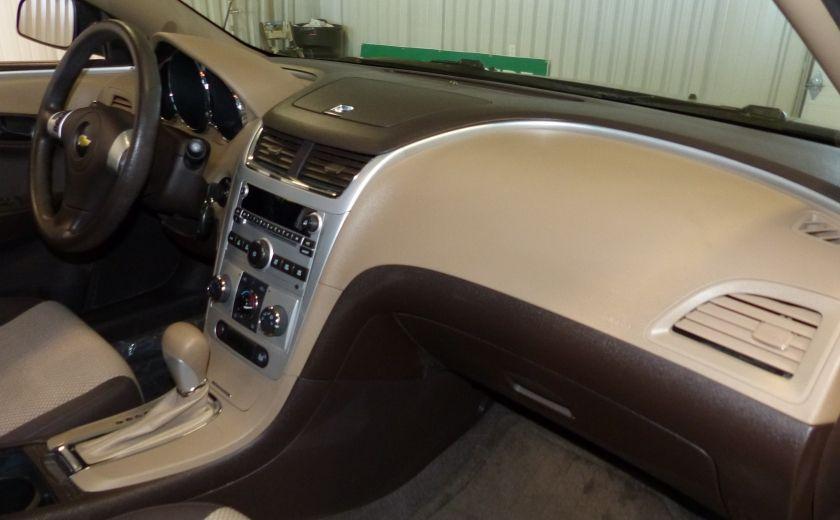 2010 Chevrolet Malibu LS A/C Gr-Électrique #24