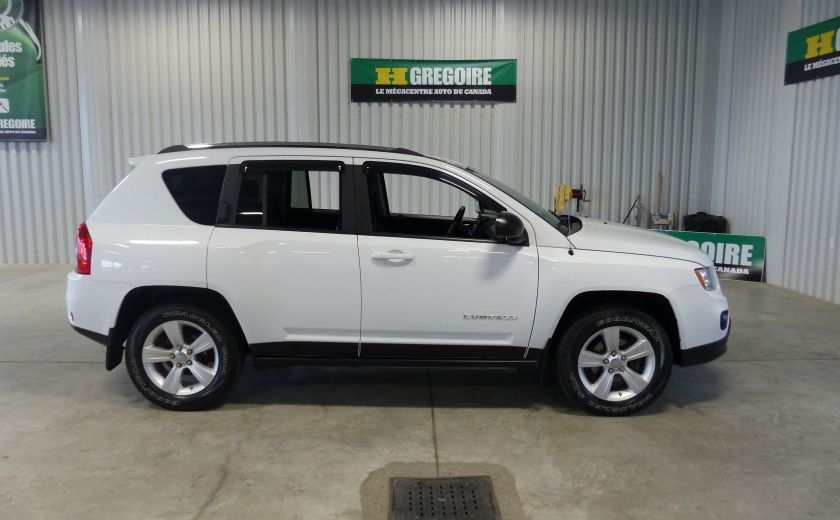 2012 Jeep Compass North AWD A/C Gr-Électrique #7