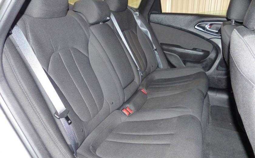 2016 Chrysler 200 Limited FWD A/C Gr-Électrique #24