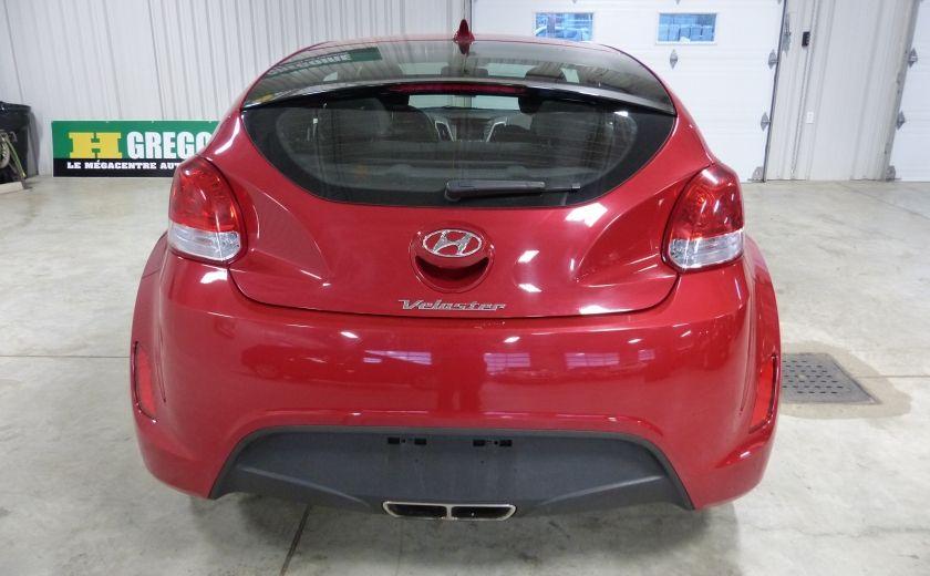 2016 Hyundai Veloster 3dr Cpe Auto #5