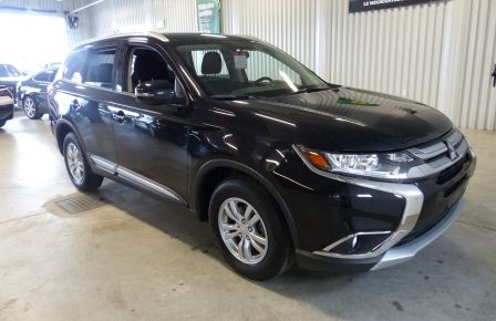 2016 Mitsubishi Outlander SE AWD V6 7 Passagers in Sherbrooke