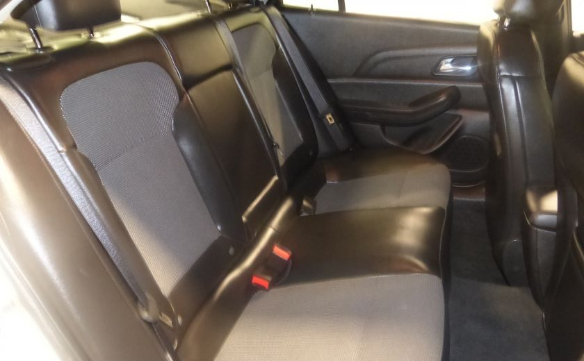 2016 Chevrolet Malibu LT A/C Gr-Électrique (Mags-Bluetooth) #24