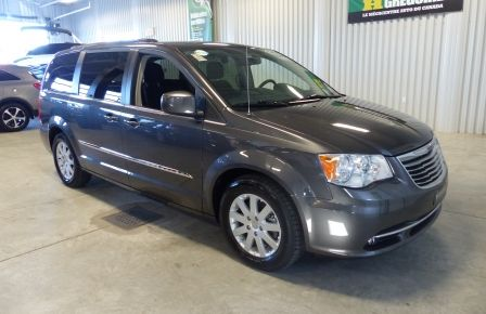 2015 Chrysler Town And Country Touring A/C Gr-Électrique (DVD-Caméra-Bluetooth) à Rimouski