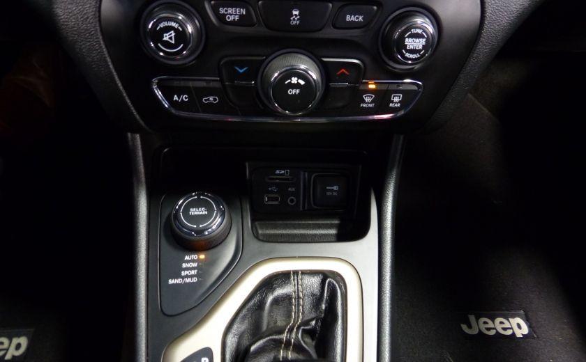 2016 Jeep Cherokee North AWD A/C Gr-Électrique #18