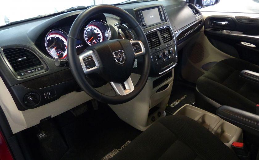 2016 Dodge GR Caravan SXT Sto-N-Go (TV-DVD) #8