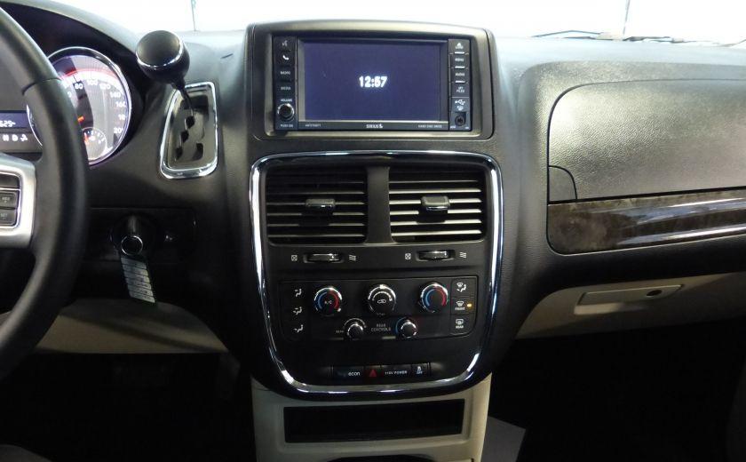 2016 Dodge GR Caravan SXT Sto-N-Go (TV-DVD) #12