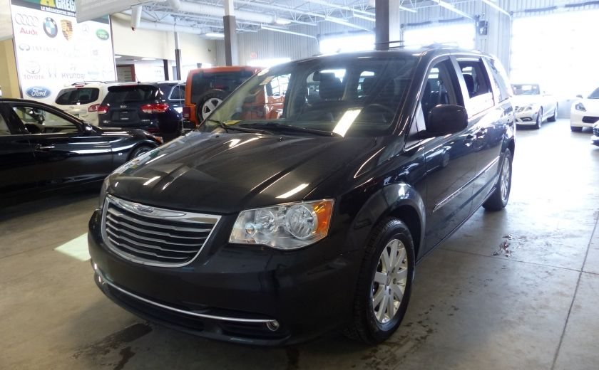 2016 Chrysler Town And Country Touring STOW'N'GO (Cam-Mag-Bluetooth) #2