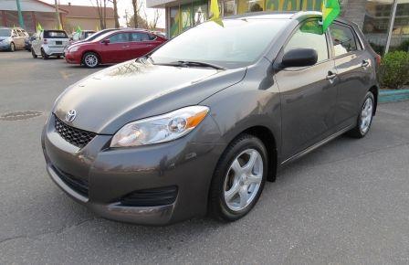 2010 Toyota Matrix 4dr Wgn Man FWD A/C MAGS GR ELECTRIQUE in Saguenay