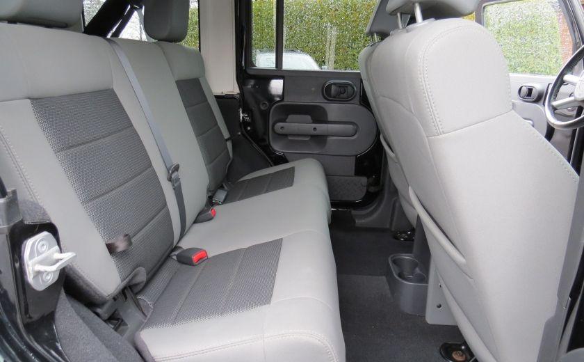 2010 Jeep Wrangler Sahara UNLIMITED AUT 4X4  2 TOIT A/C GR ELECTRIQUE #21