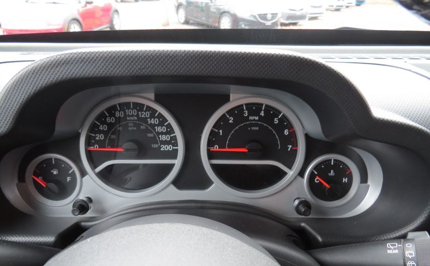 2010 Jeep Wrangler Sahara Aut 2 Toits 4x4 A/C MAGS GR ELECTRIQUE #15