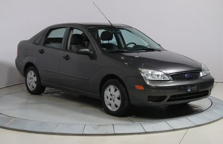 2007 Ford Focus S #0
