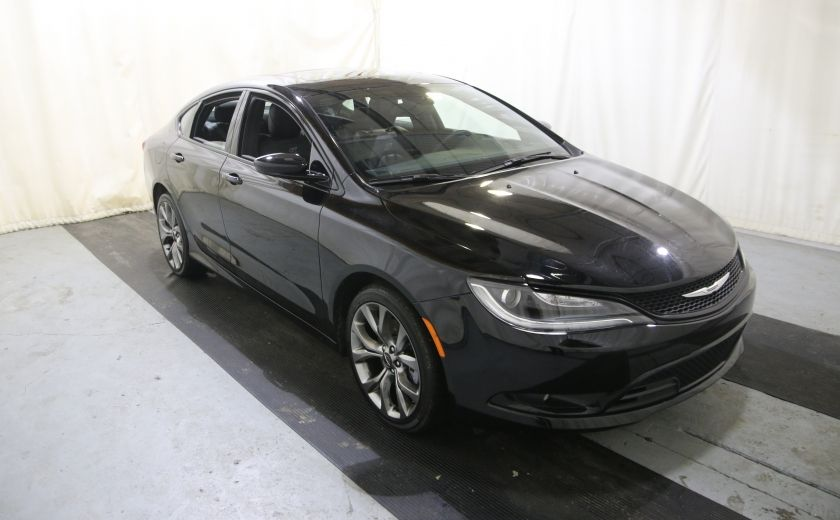 2016 Chrysler 200 S #0