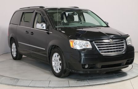 2010 Chrysler Town And Country Touring #0