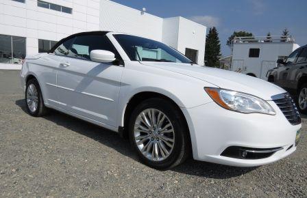 2011 Chrysler 200 Touring #0