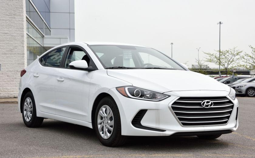 2017 Hyundai Elantra LE #0