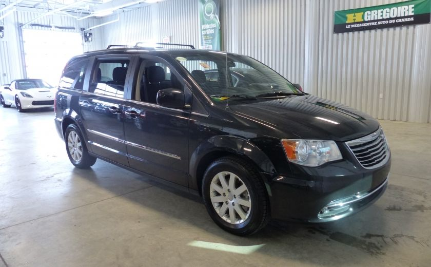 2016 Chrysler Town And Country Touring STOW'N'GO (Cam-Mag-Bluetooth) #0
