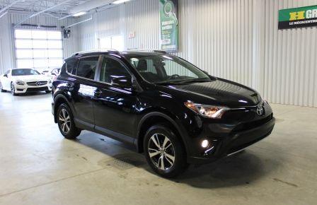 2016 Toyota Rav 4 XLE AWD (Cam-Toit-Mags-Bluetooth) #0